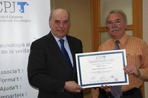 entrega diploma Jordi Roca